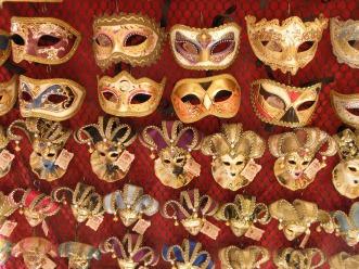 mask-452886_1280
